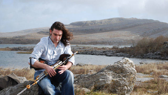 Michael 'Blackie' O'Connell presents 'Piper Heaven, Piping Hell'